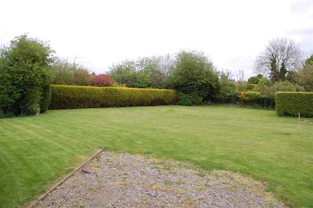 Plot Commercial for sale in Building plot at Featherby Drive, Glen Parva