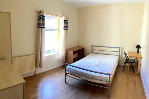6 bedroom house share to rent - Kilvey Terrace, Swansea SA1