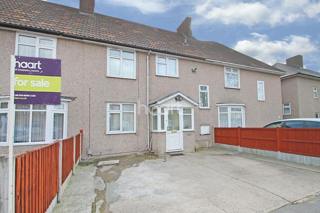 4 Bedrooms Terraced House for sale in Linkway, Dagenham