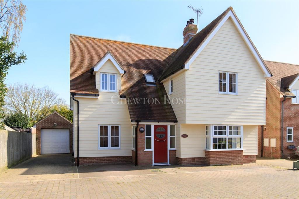 4 Bedrooms Detached House for sale in Great Bentley