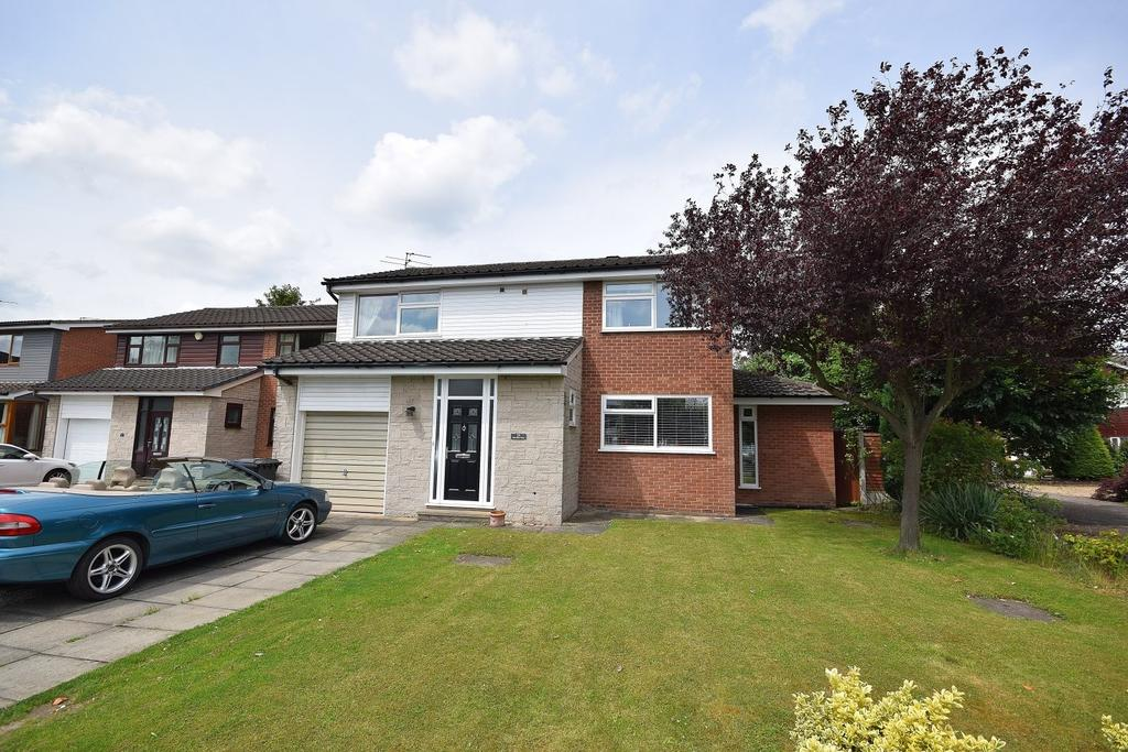 4 Bedrooms Detached House for sale in Newstead Close, Poynton.