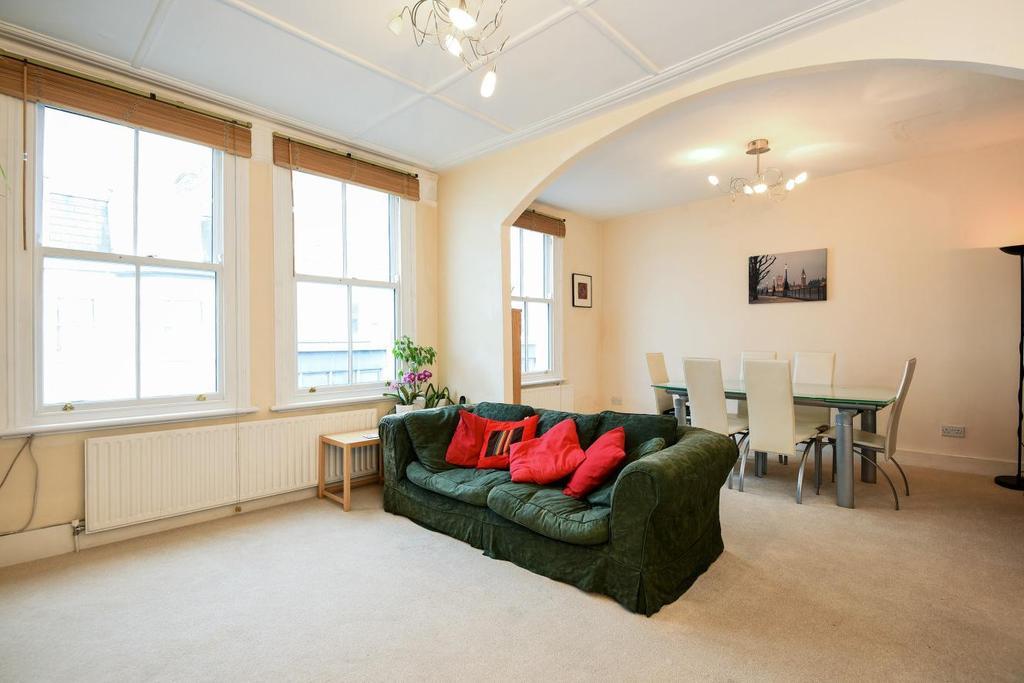 3 Bedrooms Maisonette Flat for sale in Dawes Road, Fulham