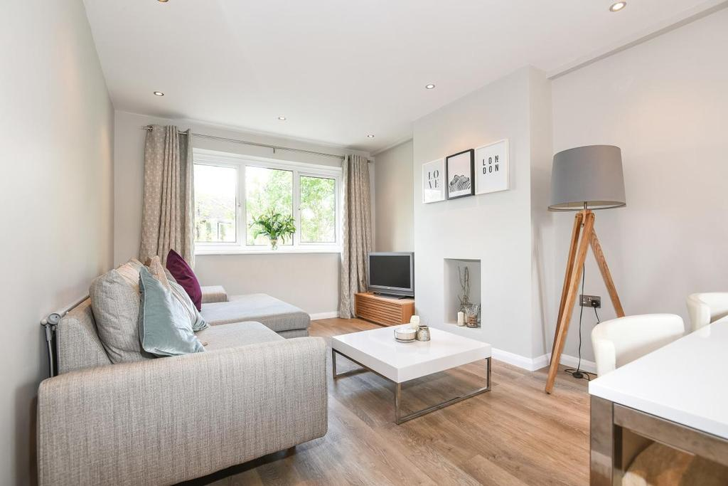 2 Bedrooms Maisonette Flat for sale in Garlies Road, Forest Hill