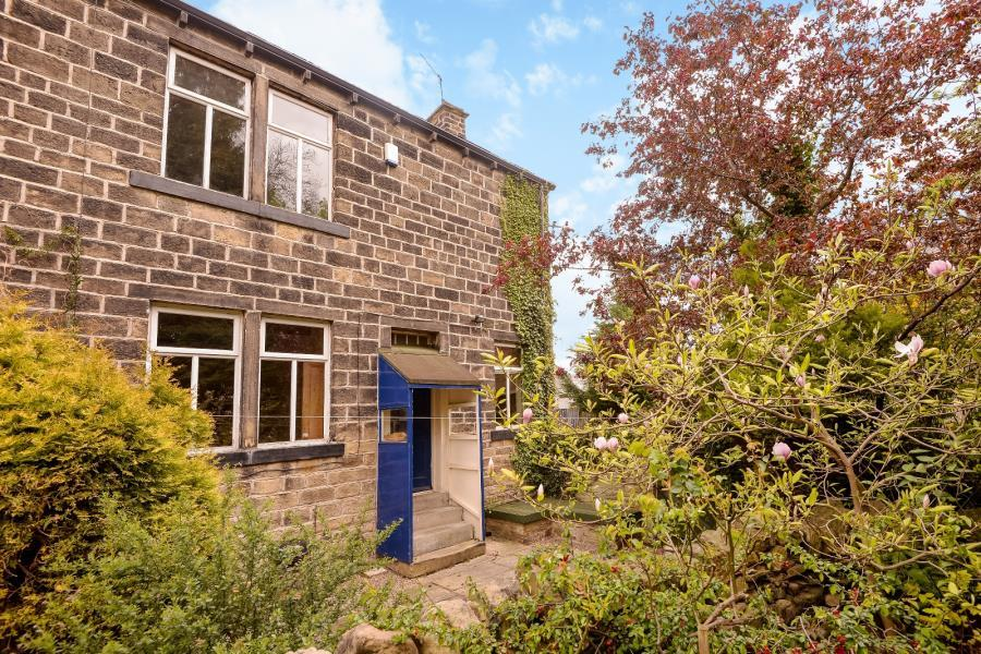 3 Bedrooms Semi Detached House for sale in HAIGH HALL, BRADFORD, BD10 9BB