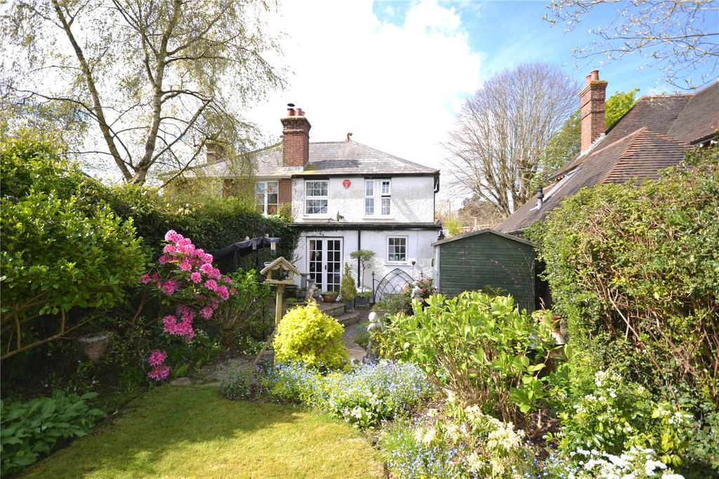 2 Bedrooms Semi Detached House for sale in Ramley Road, Lymington, Hampshire, SO41