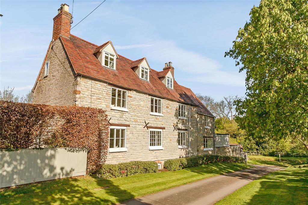 5 Bedrooms Detached House for sale in Pillerton Hersey, Warwick