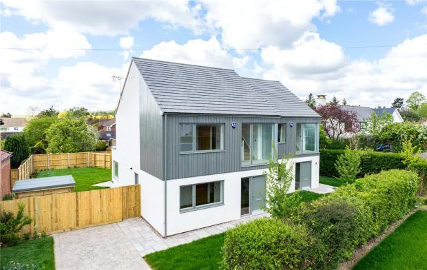 4 Bedrooms Semi Detached House for sale in Worts' Causeway, Cambridge