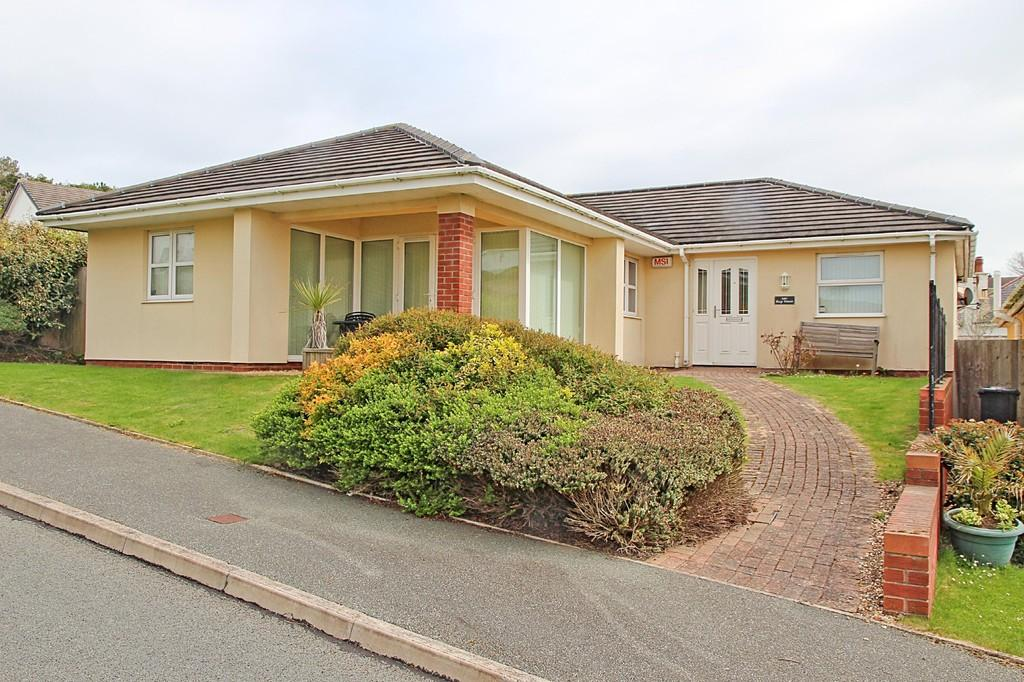 4 Bedrooms Detached Bungalow for sale in The Rise, Trearddur Bay, North Wales