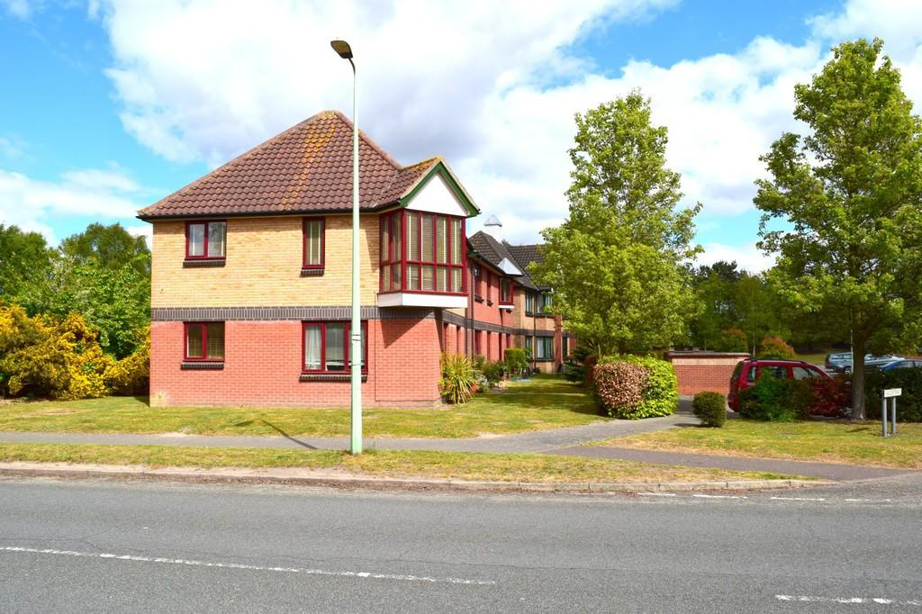 1 Bedroom Ground Flat for rent in Martlesham Heath, Ipswich