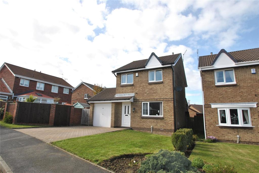 3 Bedrooms Detached House for sale in Weymouth Drive, Dalton Grange, Seaham, SR7