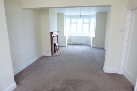 3 bedroom semi-detached house to rent - Stockingstone Road, Luton, Bedfordshire, LU2 7NJ