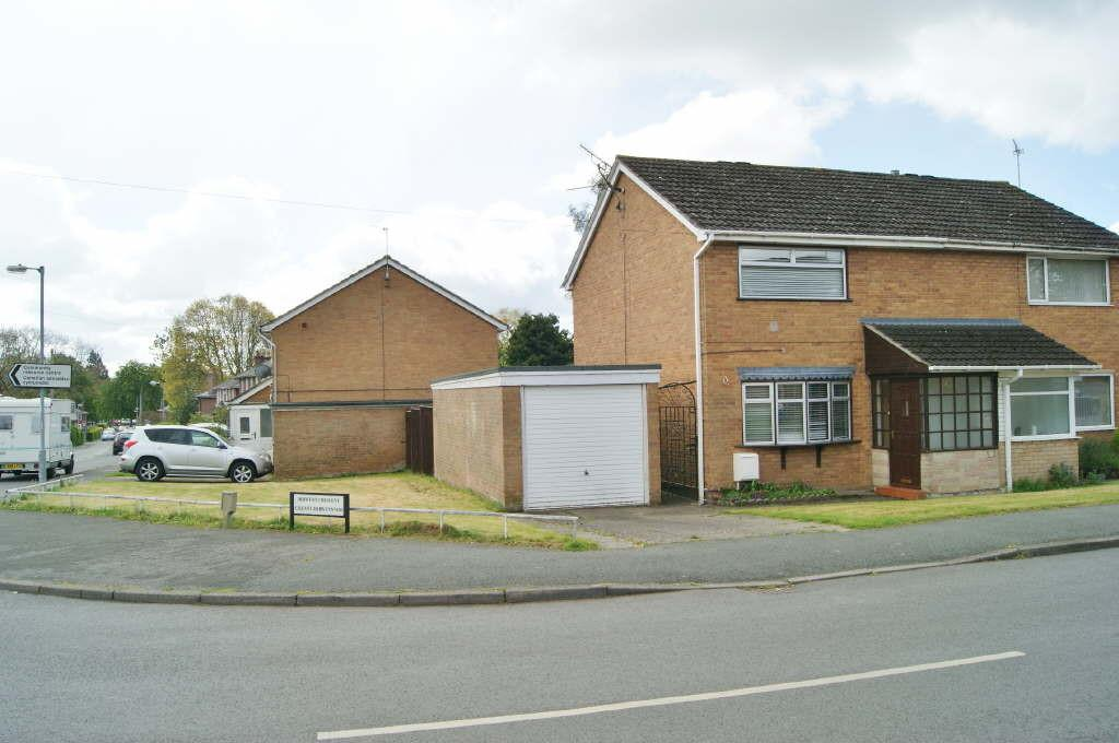 2 Bedrooms Semi Detached House for sale in Acton, Wrexham