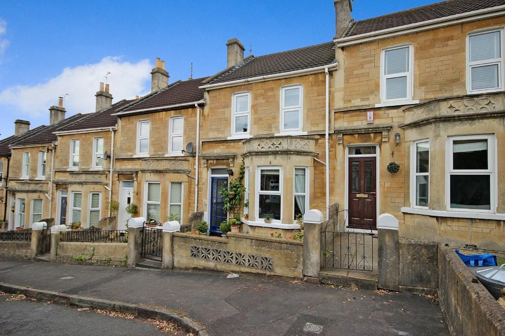 3 Bedrooms Terraced House for sale in Lyme Gardens, Bath