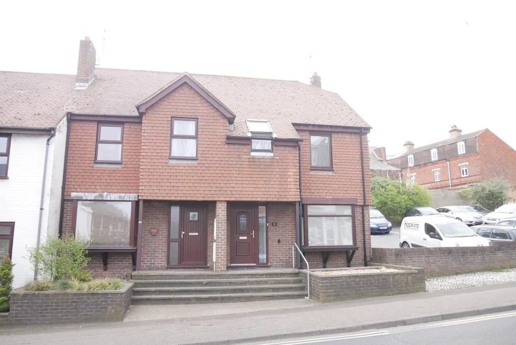 3 Bedrooms End Of Terrace House for sale in Church Street, Old Town, Eastbourne, BN21