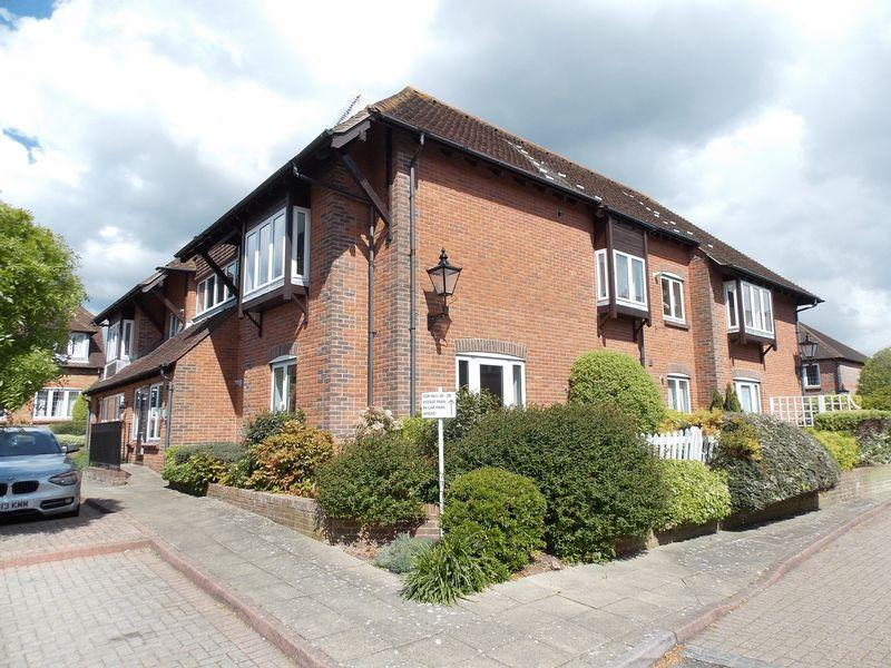 1 Bedroom Apartment Flat for sale in Horsham Road, Steyning