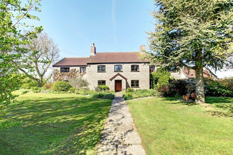 5 Bedrooms Detached House for sale in Breach Hill Common, Nr Chew Stoke, Bristol, BS40 8YG