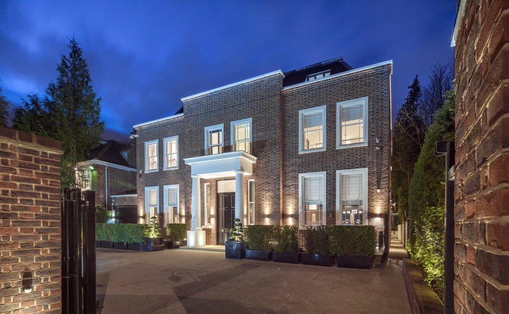 7 Bedrooms Detached House for sale in Hampstead Lane, Highgate, London, N6