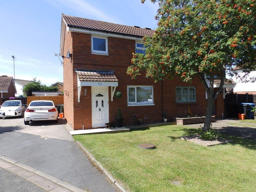 2 Bedrooms Semi Detached House for sale in Lon Eglyn, Rhyl