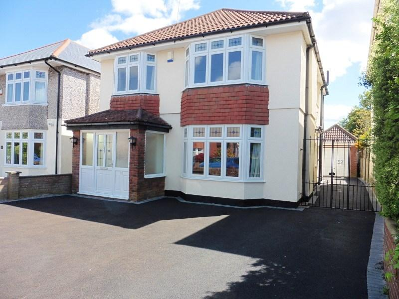 4 Bedrooms Detached House for sale in Norton Road, Bournemouth