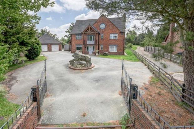 5 Bedrooms House for sale in Leondari Manor, Station Road, Hadnall, Shrewsbury