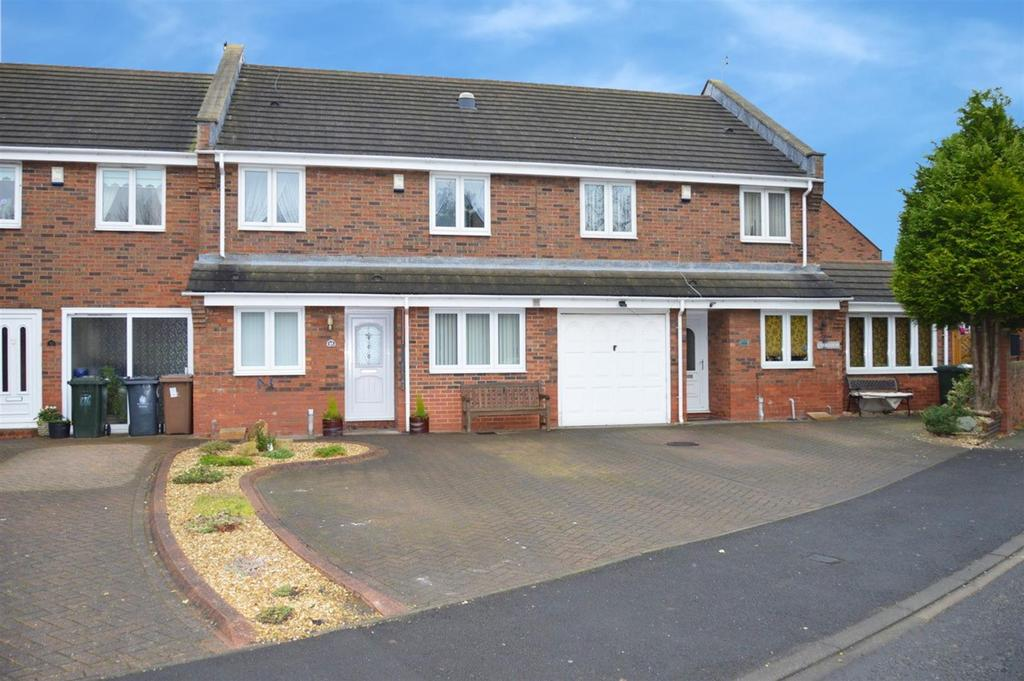 3 Bedrooms Terraced House for sale in Commissioners Wharf, Royal Quays, North Shields