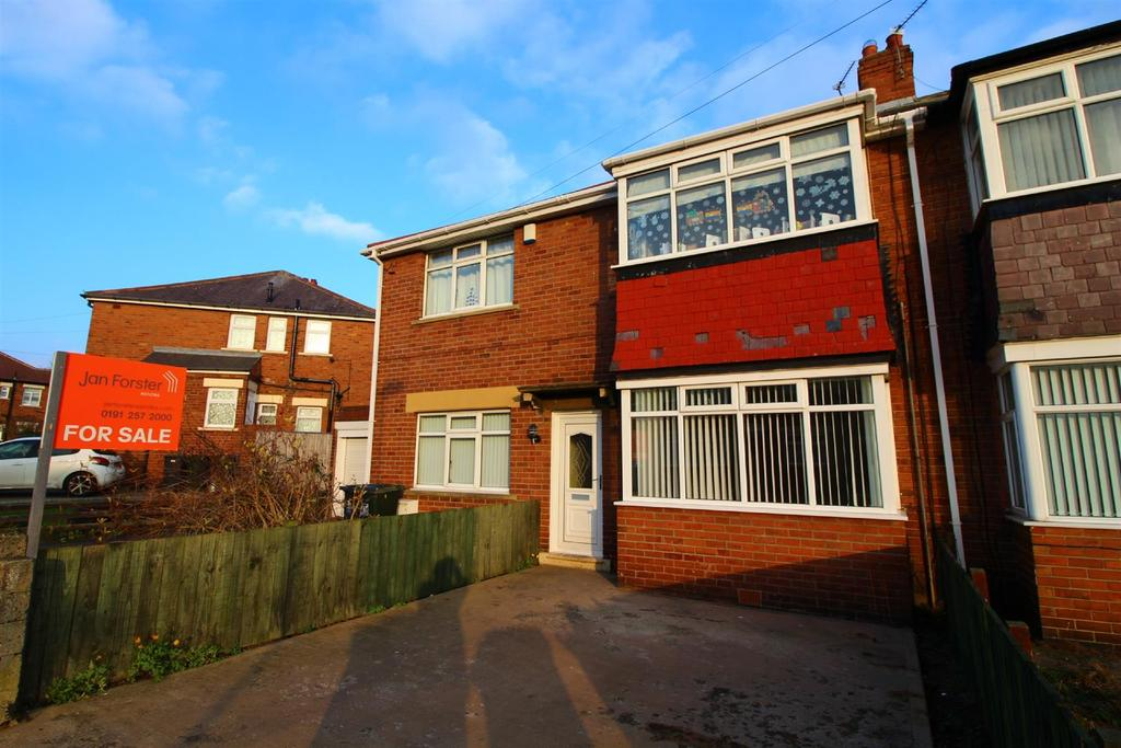 2 Bedrooms Flat for sale in Falstaff Road, North Shields