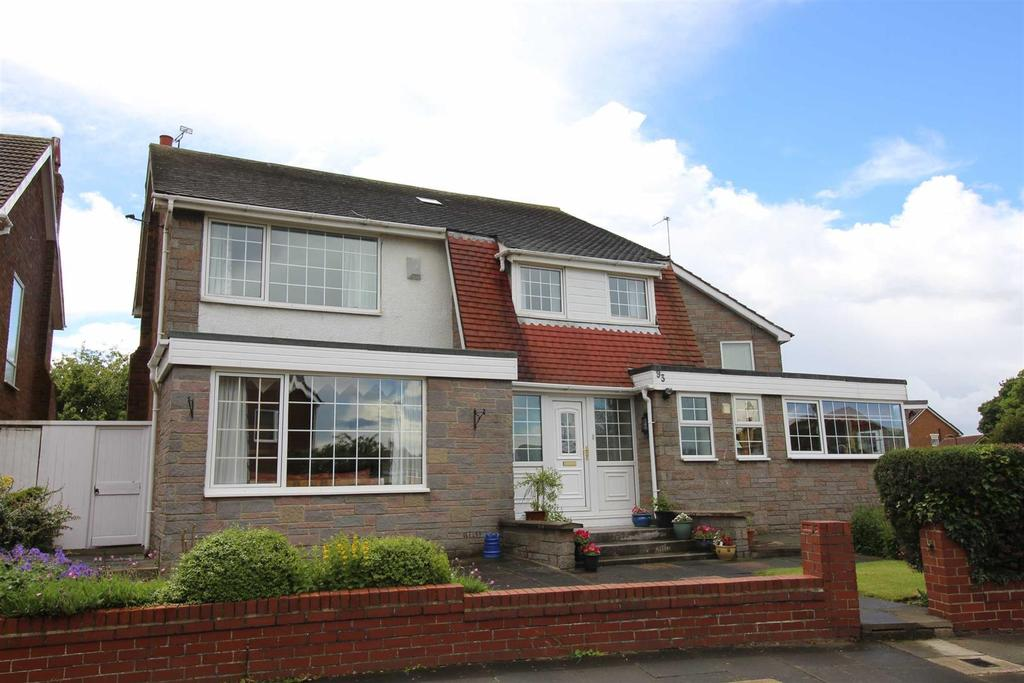 4 Bedrooms Detached House for sale in Millview Drive, Tynemouth