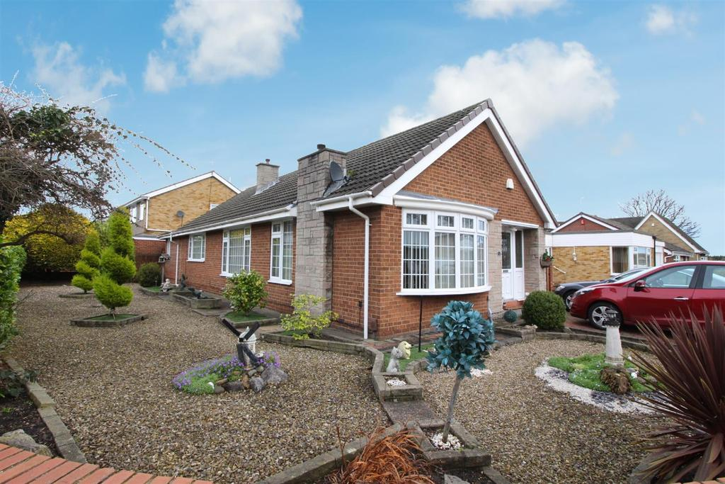 2 Bedrooms Bungalow for sale in Woodlands, North Shields