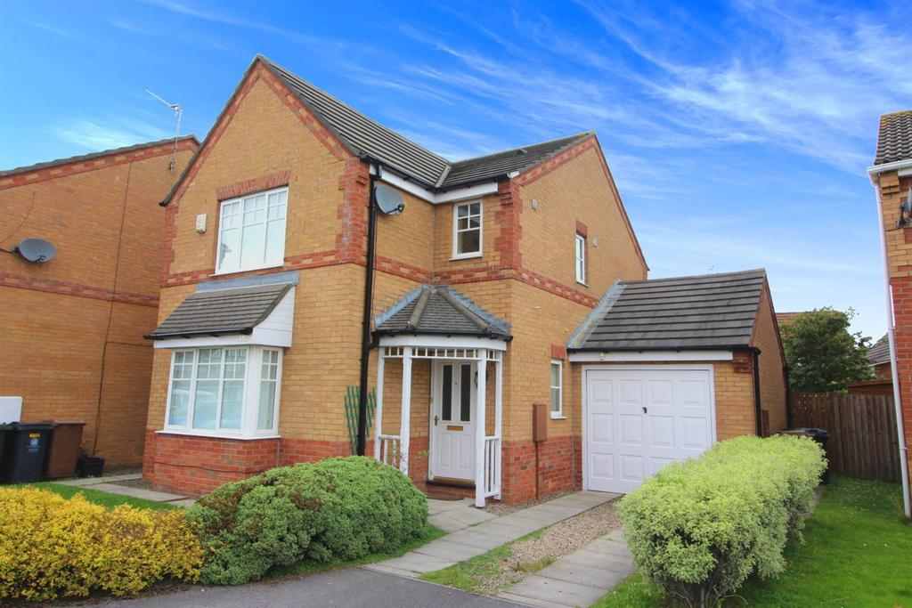 3 Bedrooms Detached House for sale in Bede Close, Holystone, Newcastle Upon Tyne