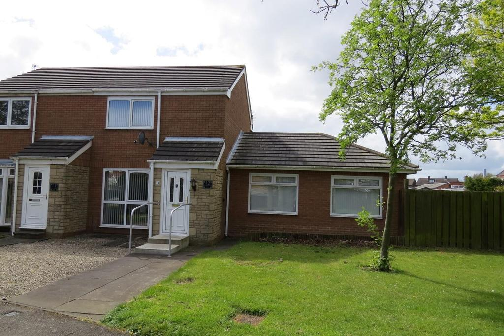 2 Bedrooms Semi Detached House for sale in Sandpiper Way, Ashington