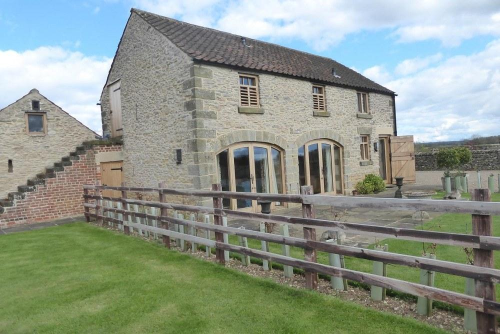 2 Bedrooms Barn Conversion Character Property for rent in The Granary, Middleton, Pickering, YO18 8PN