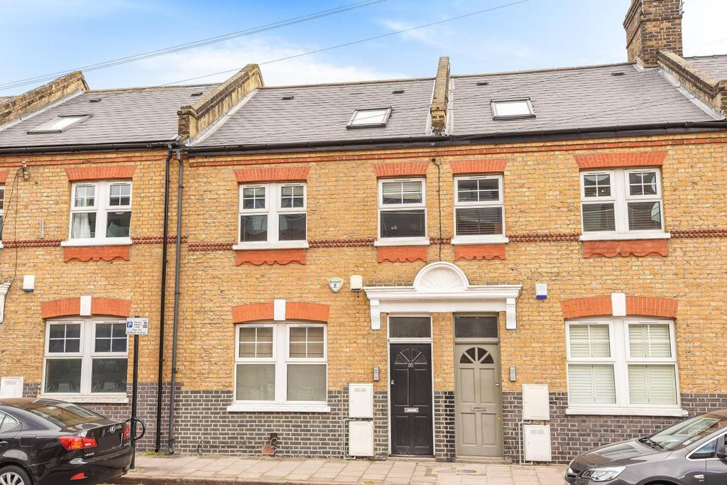 3 Bedrooms Flat for sale in Lollard Street, Kennington, SE11