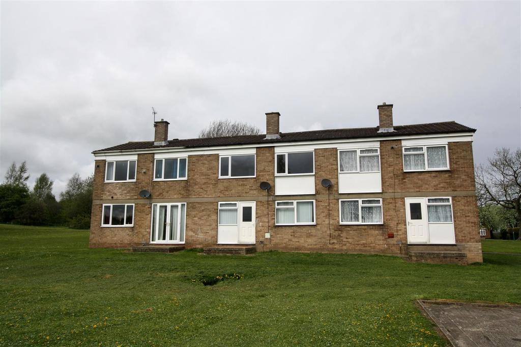 3 Bedrooms Terraced House for sale in Eskdale Place, Newton Aycliffe