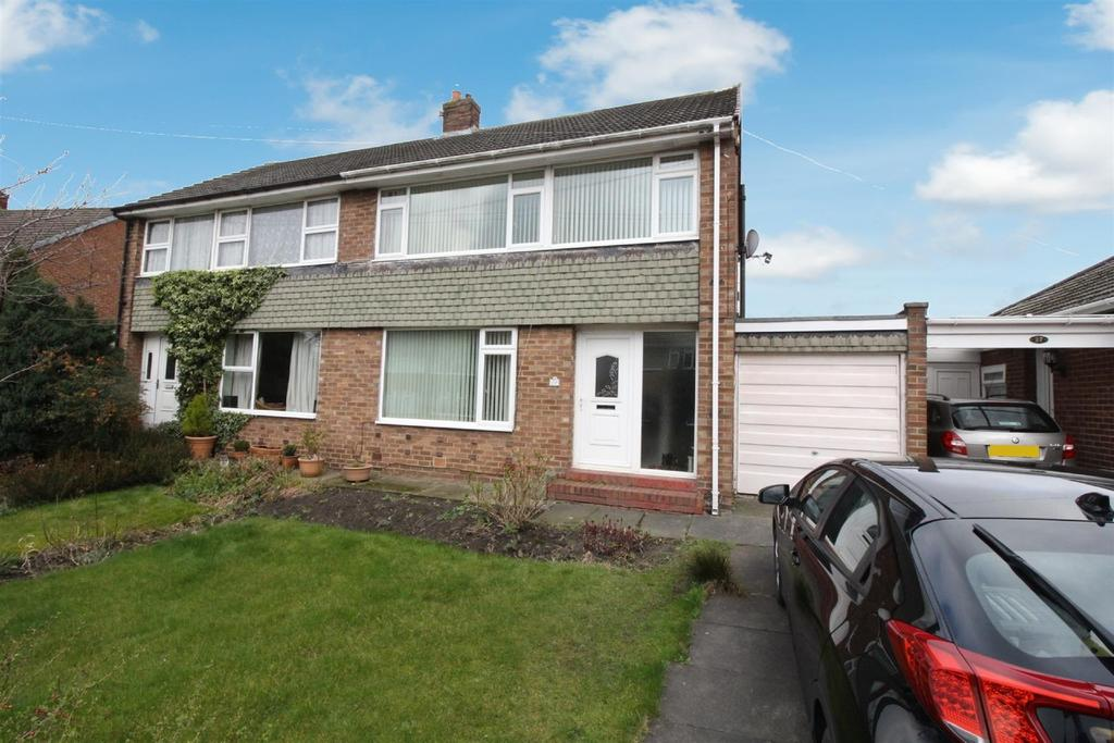 3 Bedrooms Semi Detached House for sale in Swinhoe Gardens, Wideopen, Newcastle Upon Tyne