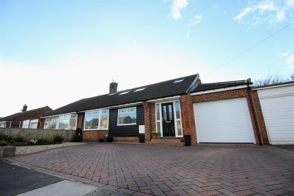 3 Bedrooms Semi Detached Bungalow for sale in Blanchland Avenue, Woodlands Park, Newcastle Upon Tyne