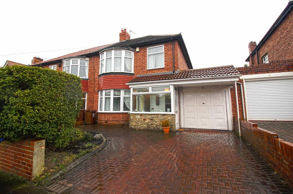 3 Bedrooms Semi Detached House for sale in The Riding, Kenton, Newcastle Upon Tyne