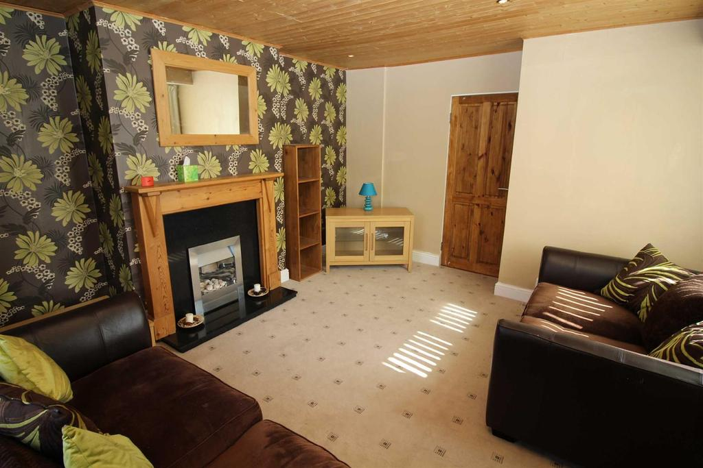 2 Bedrooms Flat for sale in Wasdale Road, Slatyford, Newcastle Upon Tyne