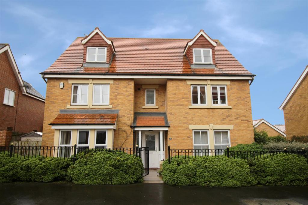 7 Bedrooms Detached House for sale in Barmoor Drive, Great Park, Newcastle Upon Tyne