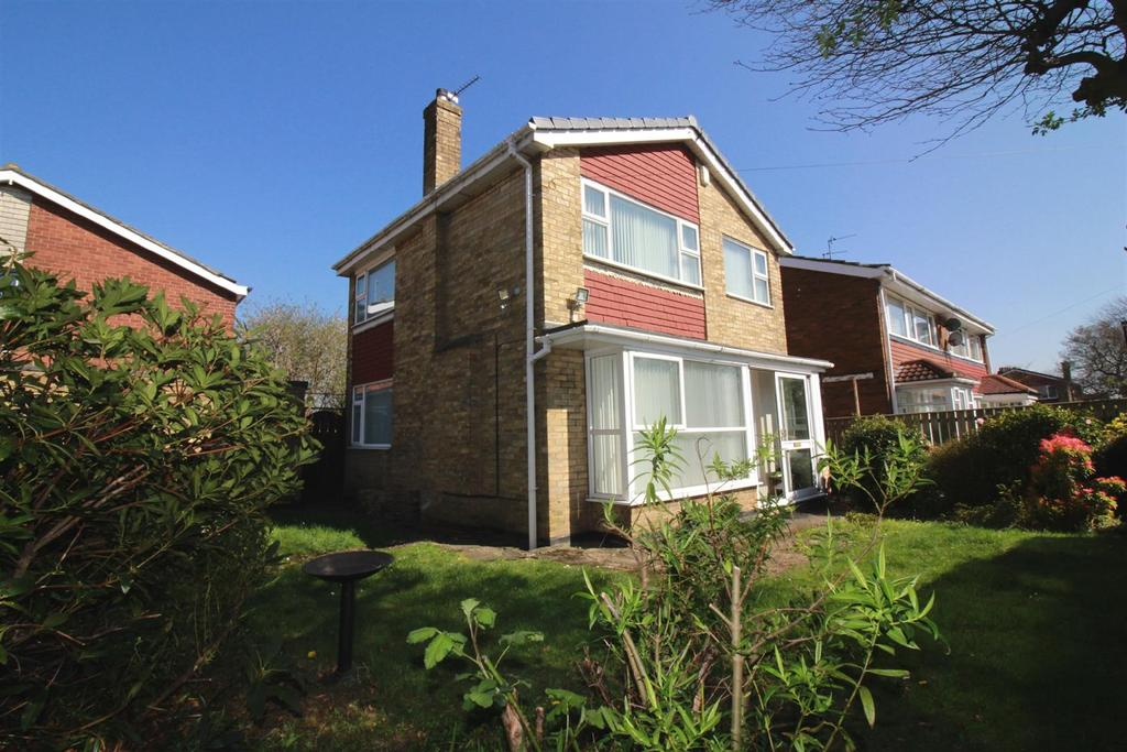3 Bedrooms Detached House for sale in Stamfordham Road, Newcastle Upon Tyne