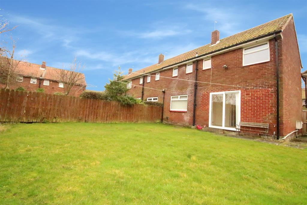 3 Bedrooms End Of Terrace House for sale in Saxondale Road, Kenton, Newcastle Upon Tyne