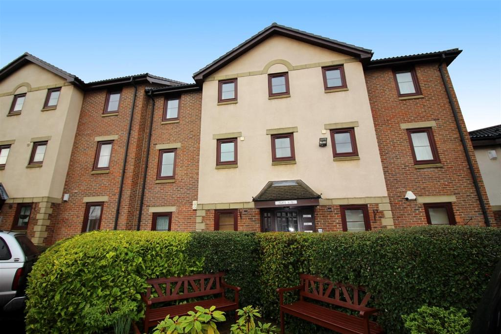 2 Bedrooms Flat for sale in Abigail Court, Newcastle Upon Tyne