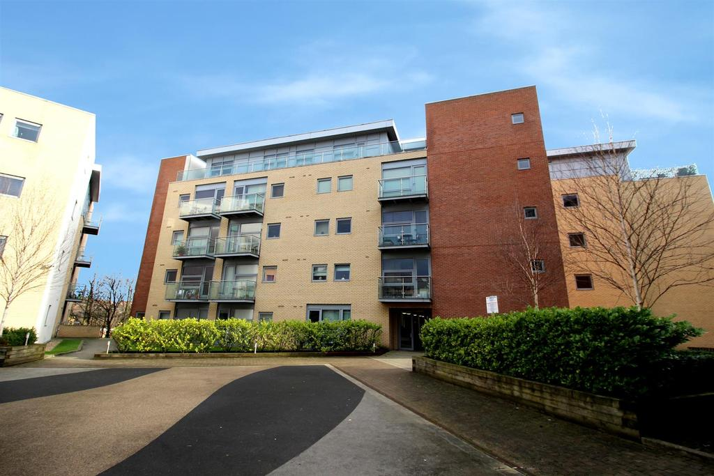2 Bedrooms Flat for sale in Lime Square, City Road, Newcastle Upon Tyne