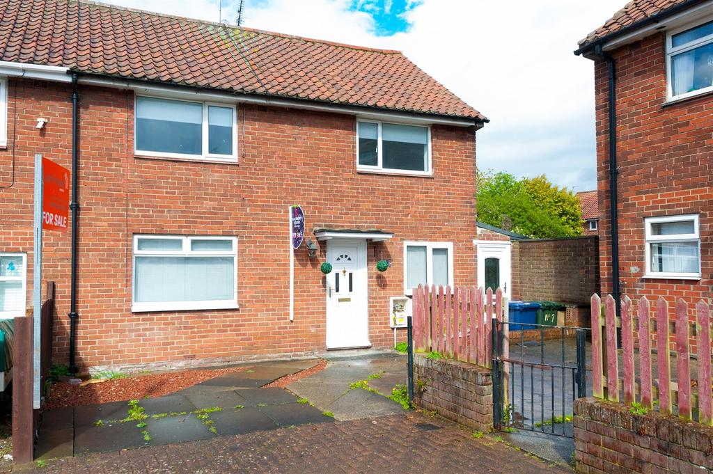 3 Bedrooms Semi Detached House for sale in Carsdale Road, Kenton, Newcastle Upon Tyne
