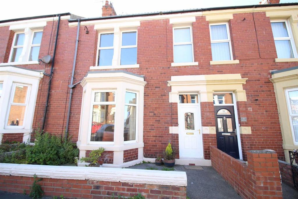 1 Bedroom Flat for sale in North Parade, Whitley Bay