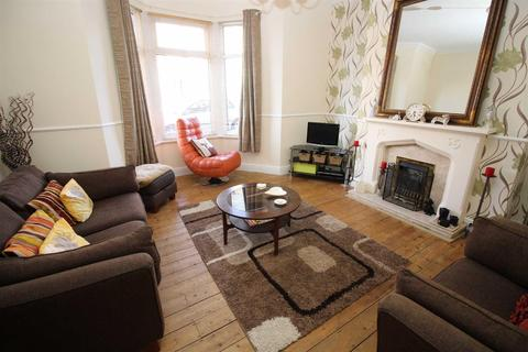 1 bedroom flat for sale - North Parade, Whitley Bay