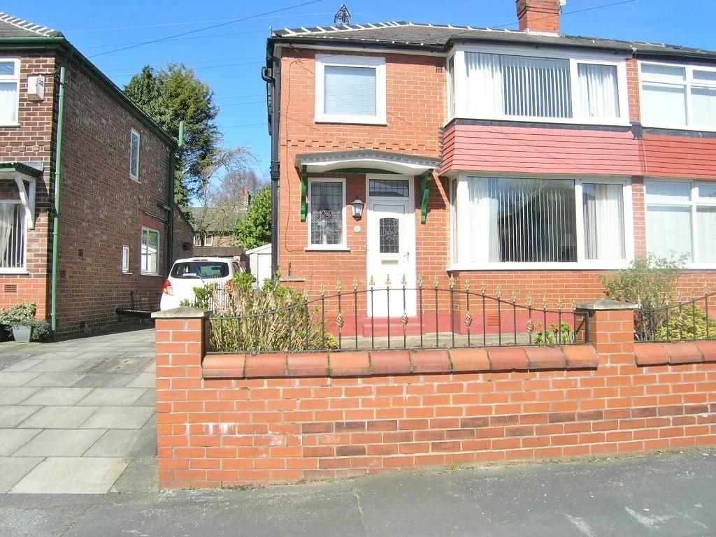 3 Bedrooms House for sale in Runnymede, Woolston, Warrington