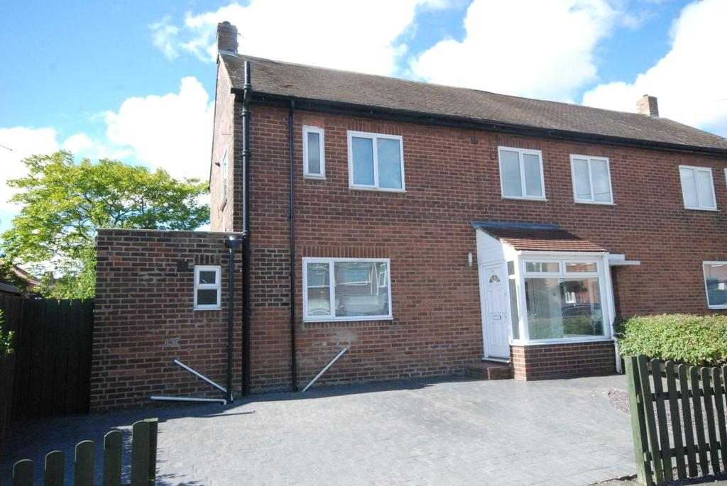 4 Bedrooms Semi Detached House for sale in Prendwick Avenue, Hebburn