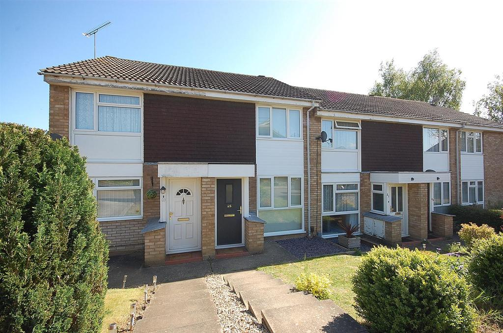 2 Bedrooms Terraced House for sale in Keats Way, Hitchin
