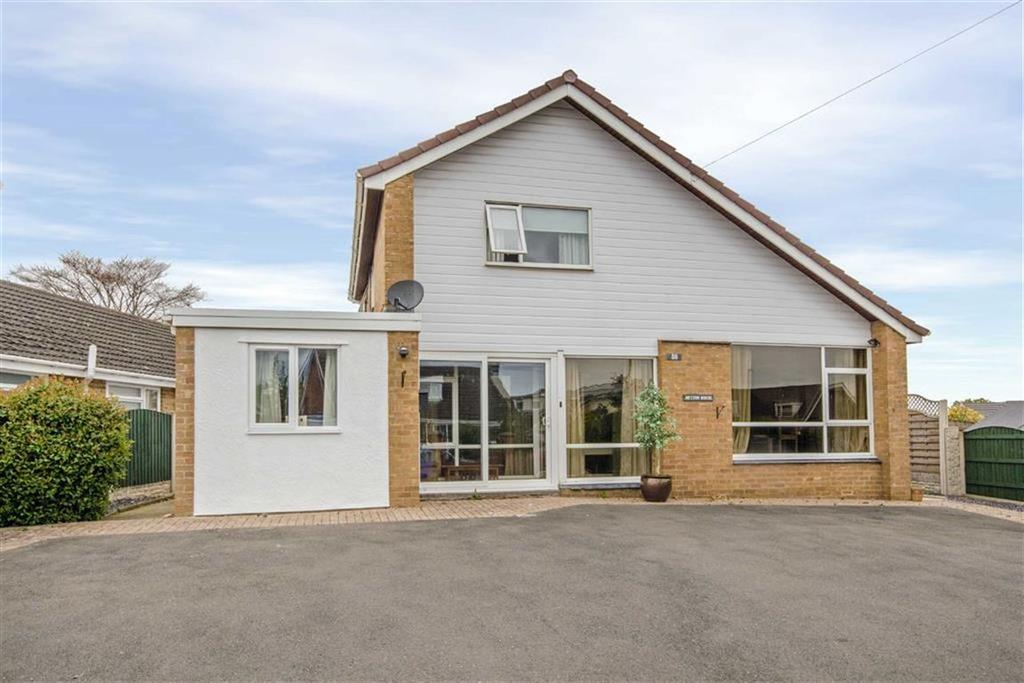 4 Bedrooms Detached House for sale in Mytton Park, Denbigh