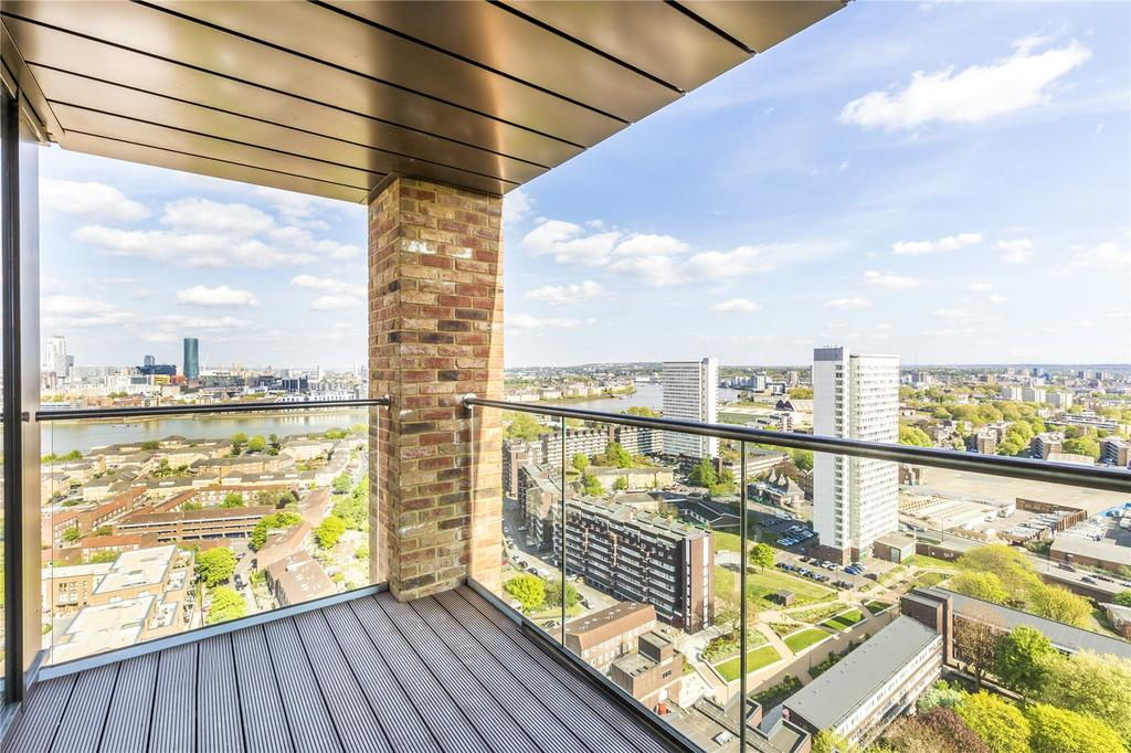 2 Bedrooms Flat for sale in Malmo Tower, Bailey Street, Deptford, London